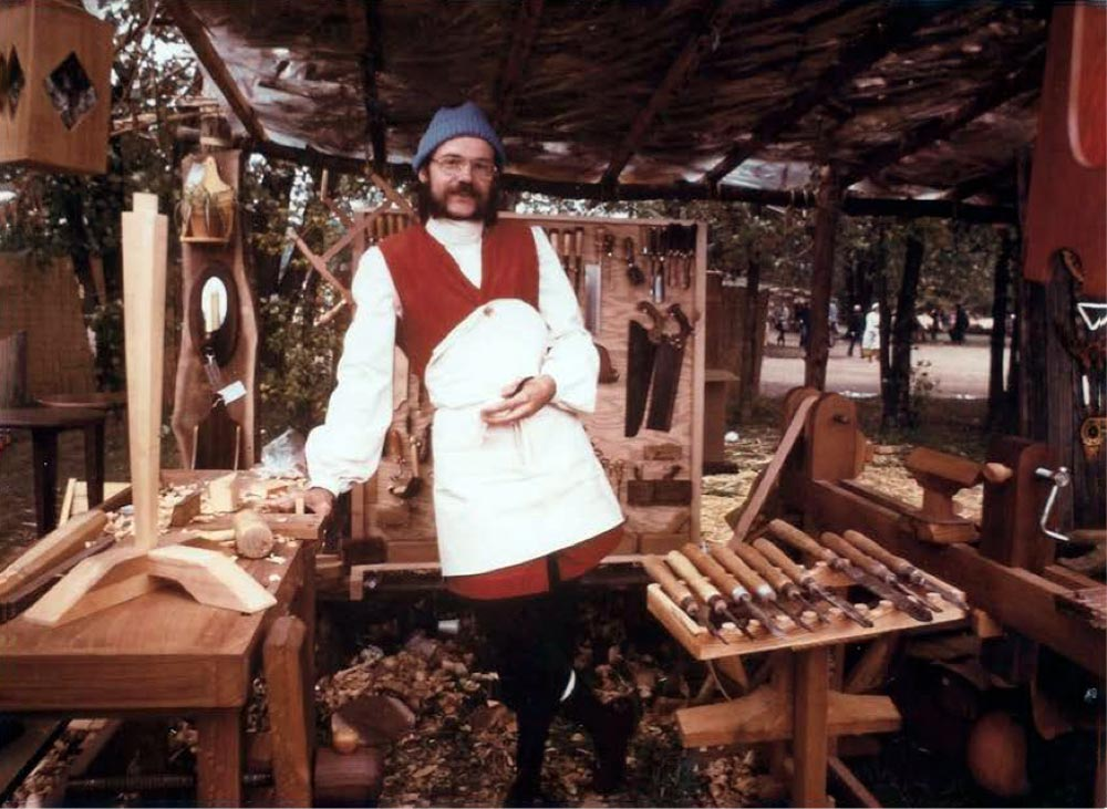 John Casey young wood sculptor at Renaissance Fair